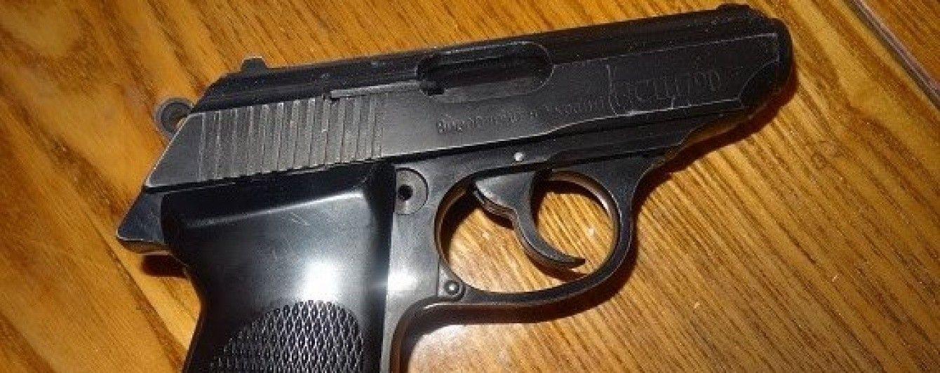 Охранник Яроша подстрелил таксиста из-за спора о языке