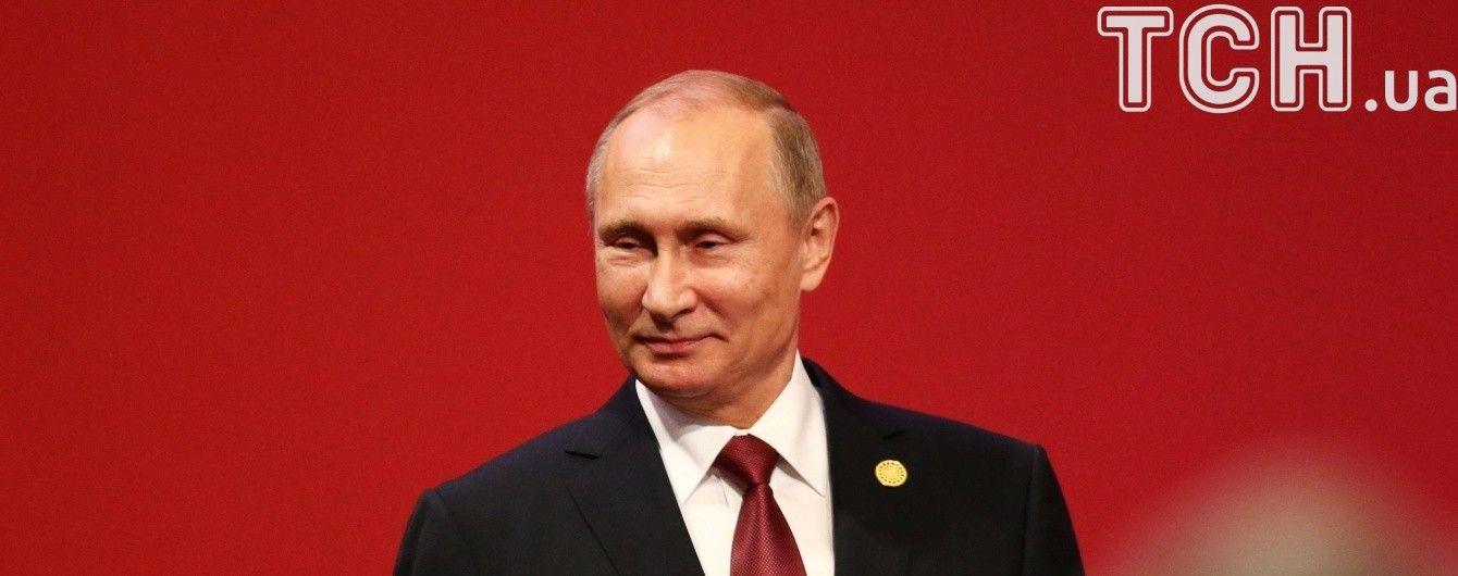 Втеча Януковича та окупація Криму. Що Путін говорив у скандальному фільмі Стоуна про Євромайдан