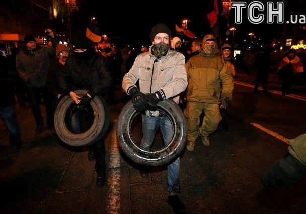 Reuters показав сутичку правоохоронців із протестувальниками на Майдані