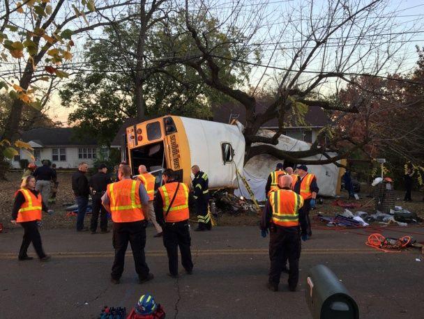У США у моторошній аварії шкільного автобуса загинули щонайменше 6 дітей