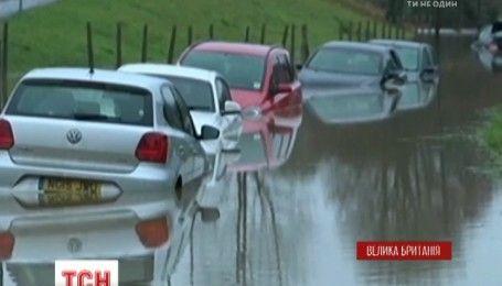 Висока вода вкрила південний захід Великобританії