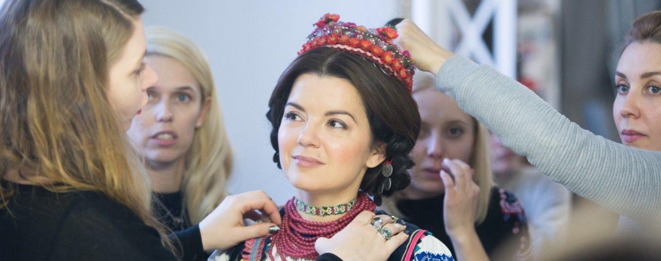 Чарівна Марічка Падалко приміряла українське вбрання