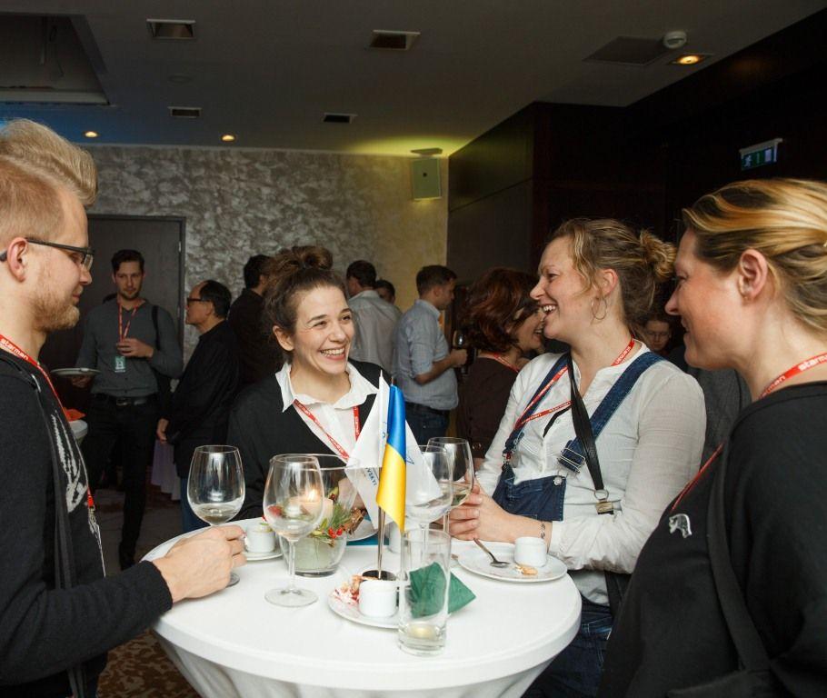 Гості на прийнятті на честь українського кіно