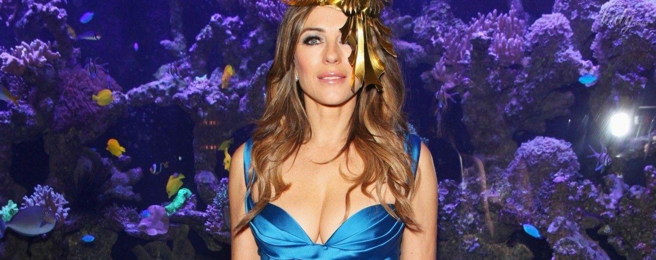 В красивом платье и роскошной шляпе: Лиз Херли на благотворительном балу The Animal Ball