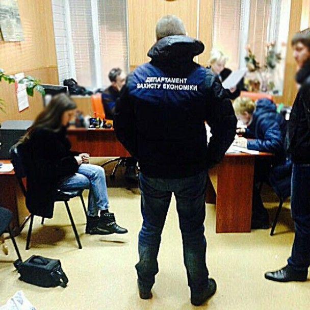 На Харківщині митники допомогли фірмі уникнути податків на 7 млн грн