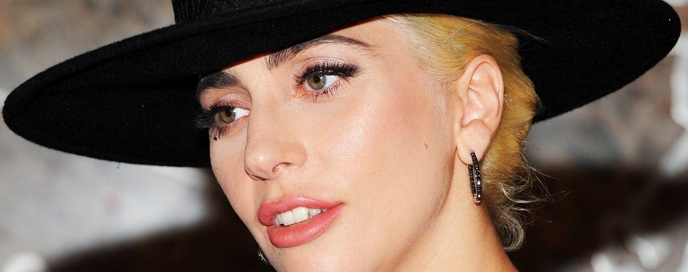 Звездные модники: знаменитости, которые любят необычные головные уборы