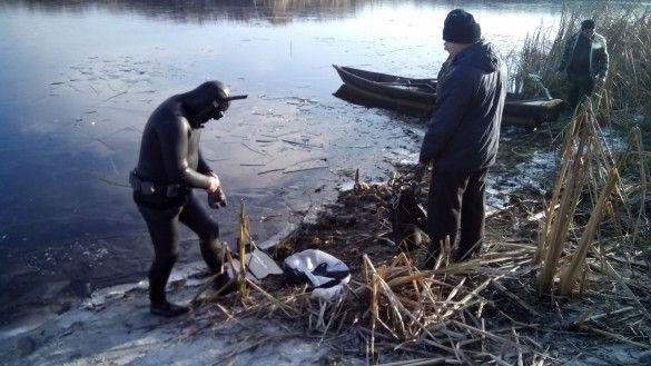 витягли з річки авто Черкащина