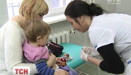 Лікарі наполягають, аби питаннями вакцинації українців займався Радбез