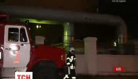 """Представники """"Київенерго"""" пояснили, чому заборонили рятувальникам гасити пожежу в тунелях"""