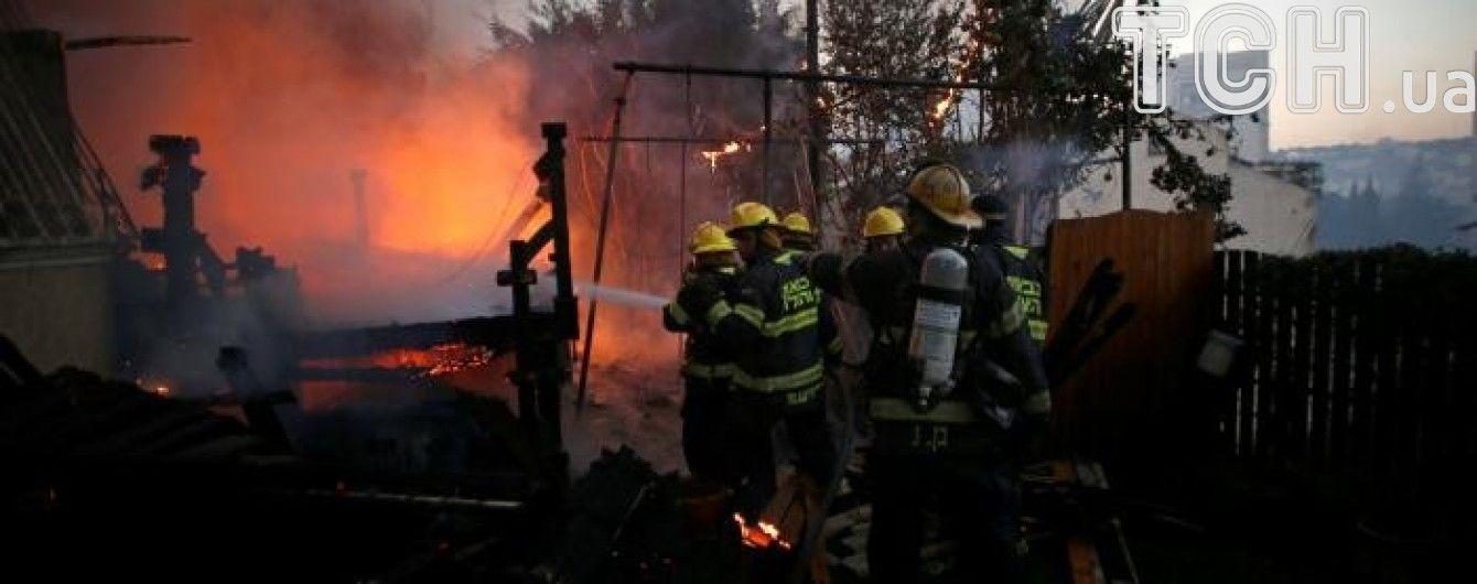Через пожежі в Ізраїлі, що не вщухають, евакуйовано 50 тис. осіб