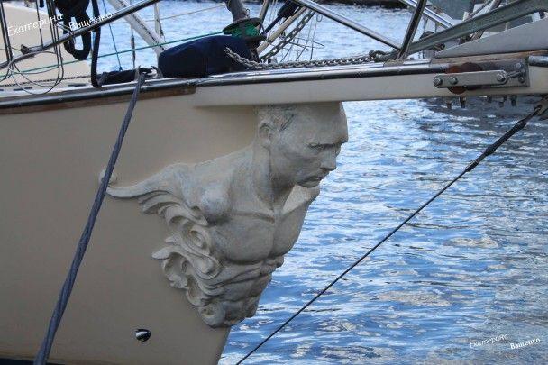 У Росії знайшли яхту з оголеним торсом Путіна