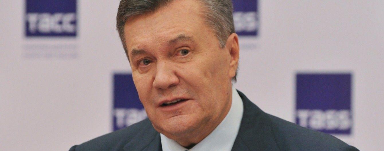 Янукович заперечує, що 54 рази телефонував Медведчуку під час Майдану