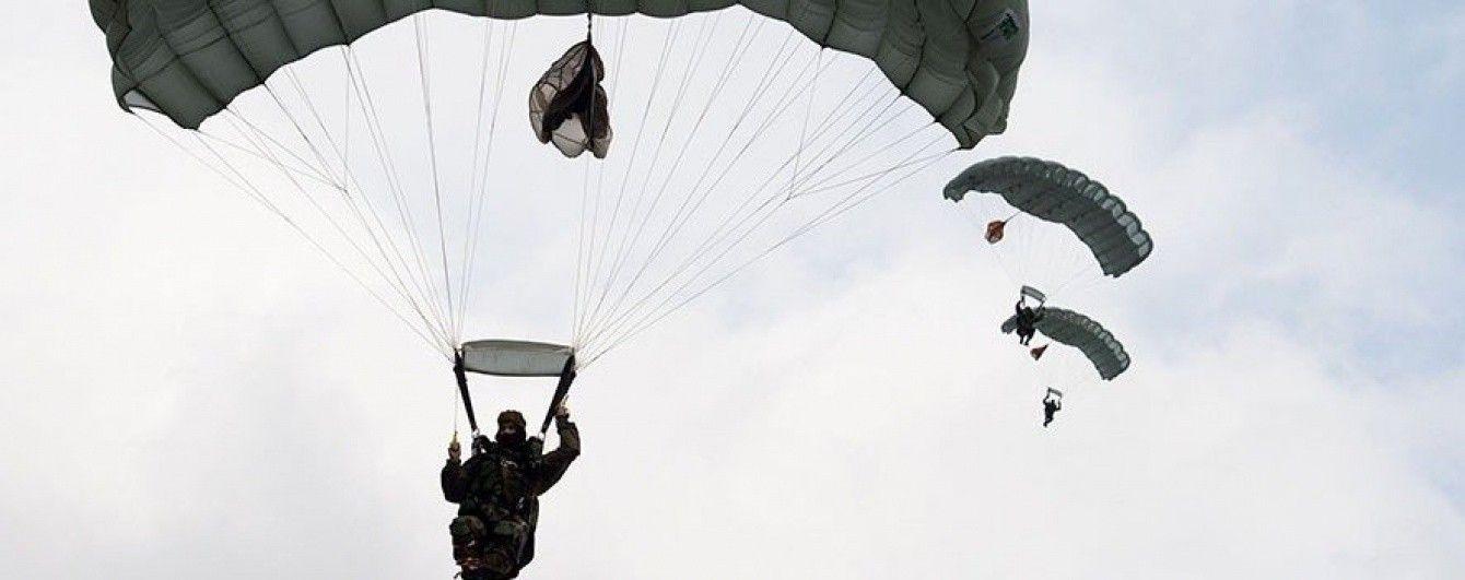 Россия готовит ротацию десантников на севере аннексированного Крыма — пограничники