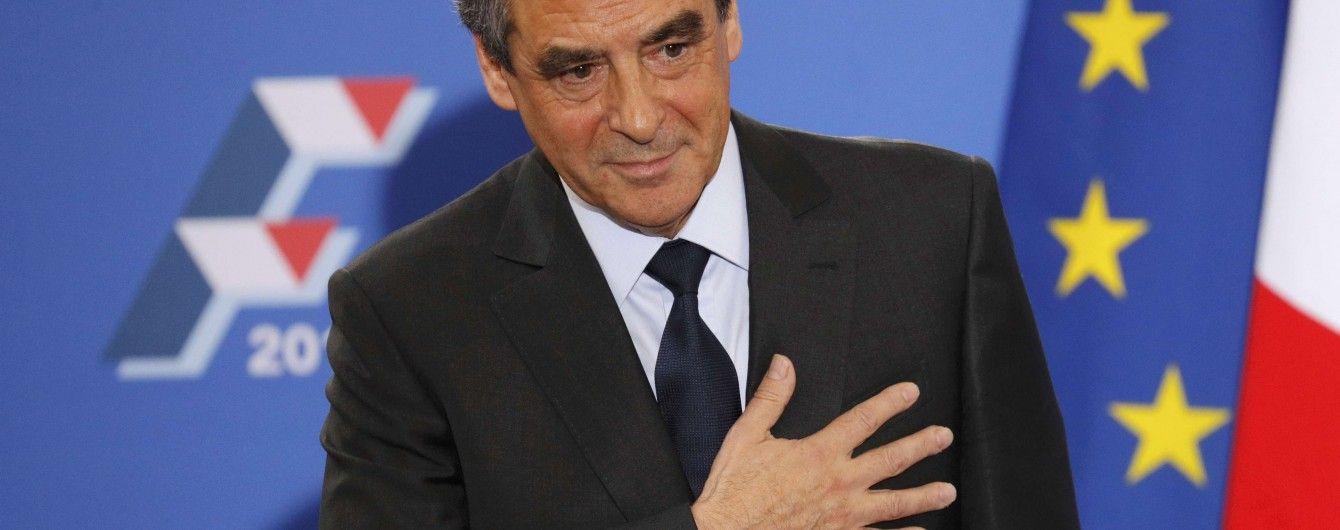 У Франції прихильник Путіна впевнено перемагає на праймеріз