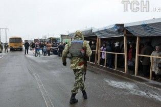 Бійці добровольчих батальйонів погрожують заблокувати всі в'їзди та виїзди в зону АТО