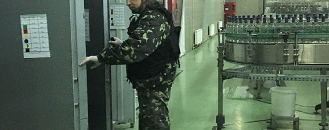 На Вінниччині через загрозу вибуху евакуювали працівників спиртзаводу