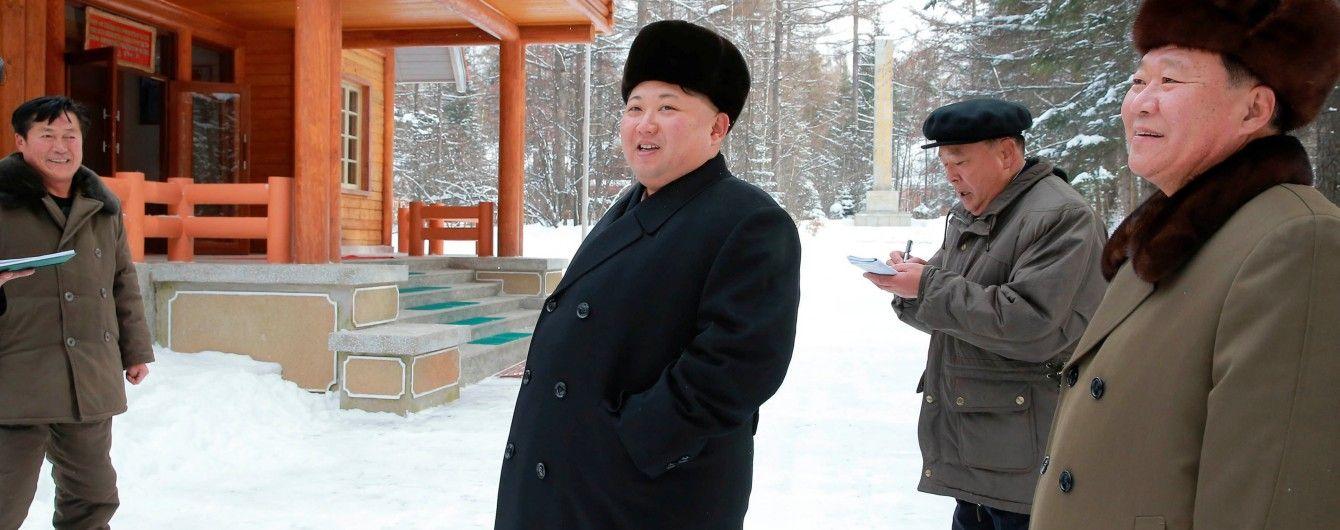 Кім Чен Ин вирішив налагодити стосунки з Південною Кореєю