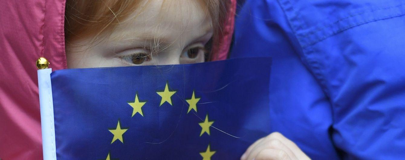 Почему Украине не дают безвиз