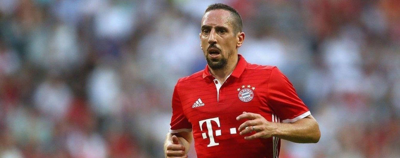 """""""Баварія"""" оголосила про подовження контракту з Рібері"""