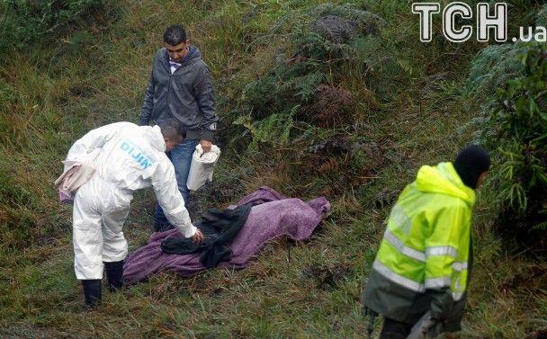Разбросанные вещи, погибшие под завалами и десятки спасателей: появились новые фото из Колумбии