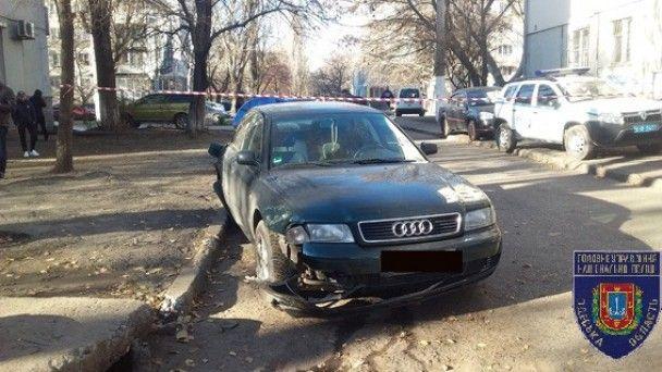 В Одесі поранений в живіт іноземець влаштував ДТП, наздоганяючи стрільців