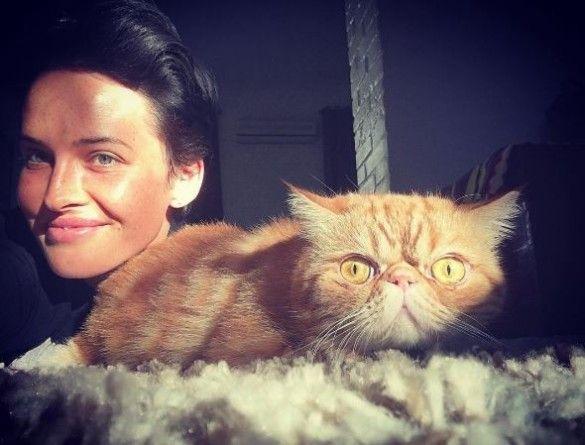 Астаф`єва зі своїми котами_1
