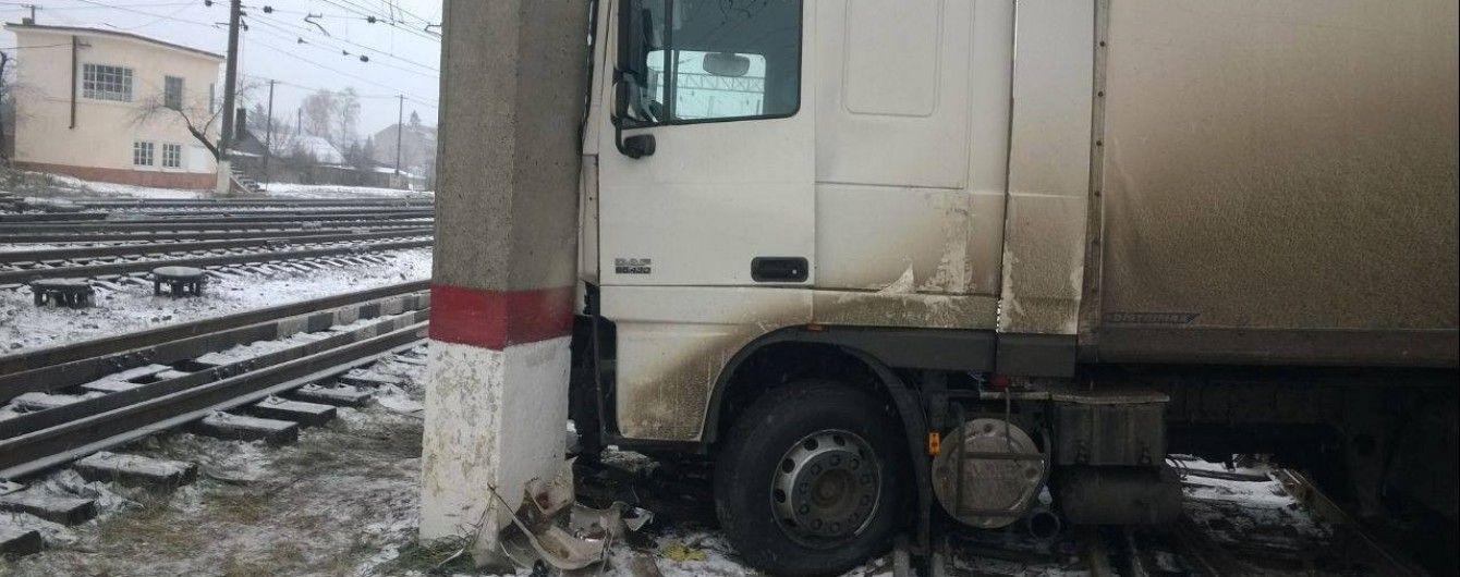 Железнодорожники показали последствия аварий из-за непогоды