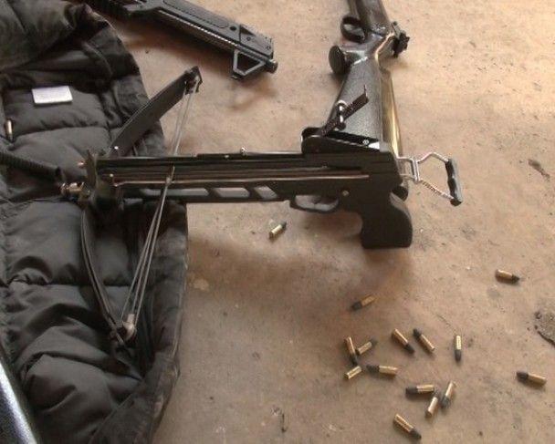 На Запорожье мужчина из винтовки открыл огонь по полицейскому