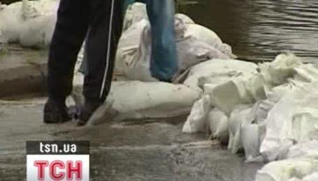 Наводнение на Буковине и Прикарпатье