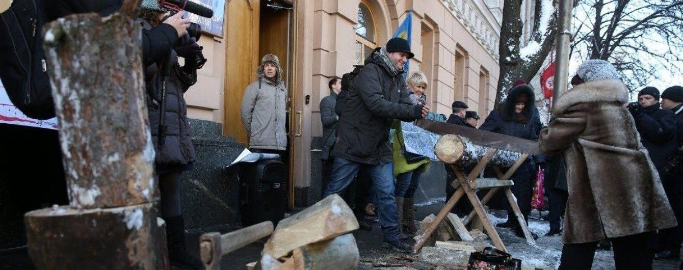 Українські деревообробники вийдуть протестувати проти скасування мораторію на експорт лісу