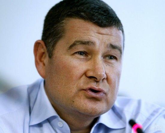 """Порошенко погрожував мені кримінальними справами, якщо """"дехто"""" не проголосує за закони - Онищенко"""