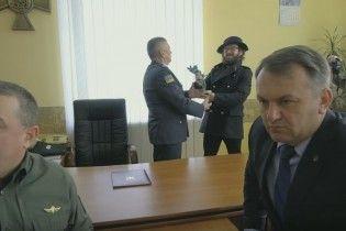 DZIDZIO вместе с украинскими пограничниками провели #MannequinChallenge