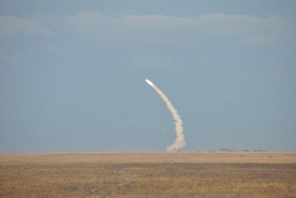 РНБО показала фото та відео успішного запуску ракет біля Криму