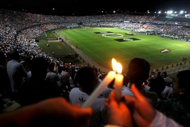 """Нереалізована мрія. В Бразилії вшанували пам'ять загиблих футболістів """"Шапекоенсе"""""""
