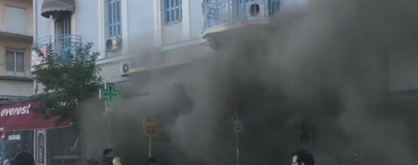 В кафе в центре Афин прогремел мощный взрыв
