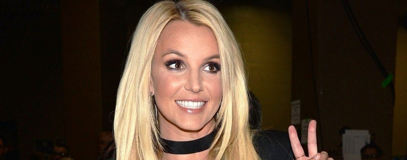Toxic или Oops!..I Did It Again. Угадай самые известные хиты Бритни Спирс