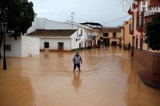 Іспанія під водою: стихія вже забрала життя двох людей