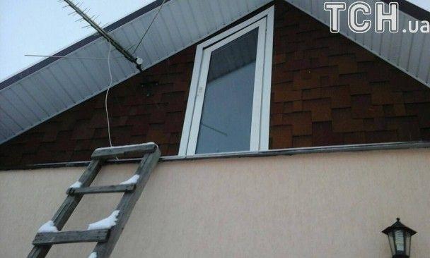 Трагедия в Княжичах: в доме, где сработала сигнализация, устроили беспорядок без ограбления