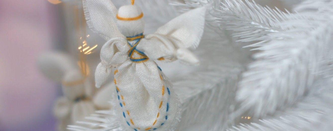 Новогоднее рукоделие: ангел-мотанка