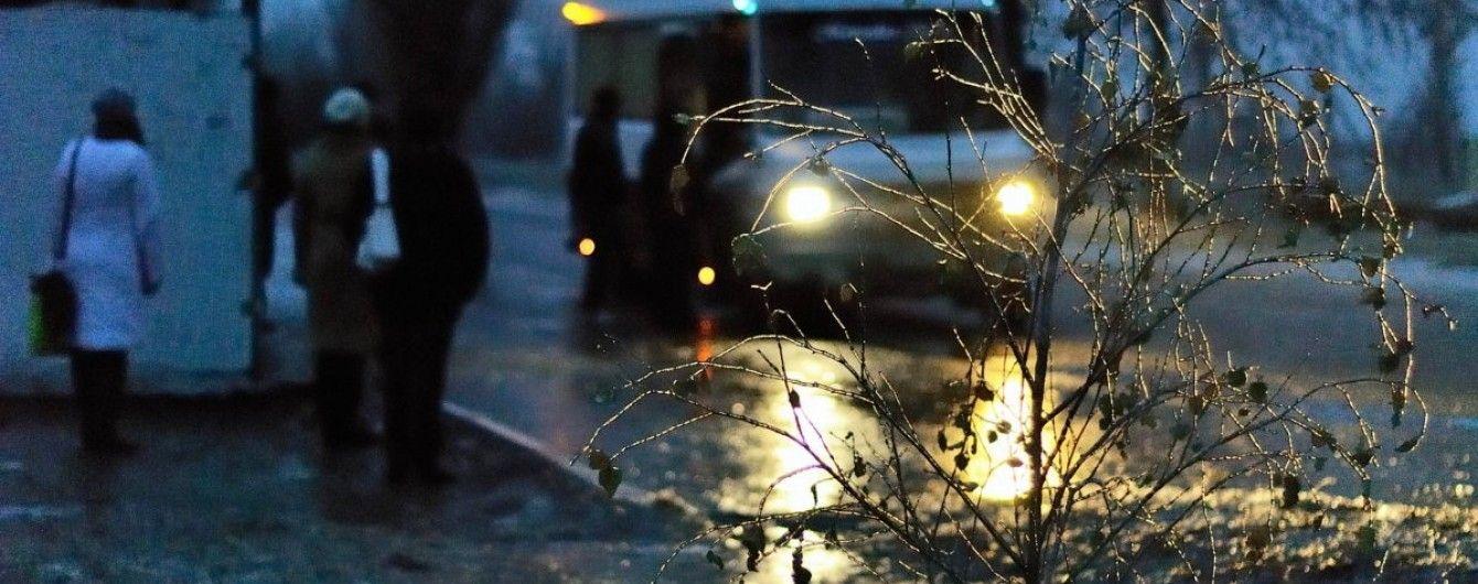 Через ожеледицю у Києві стався збій роботи комунального автотранспорту
