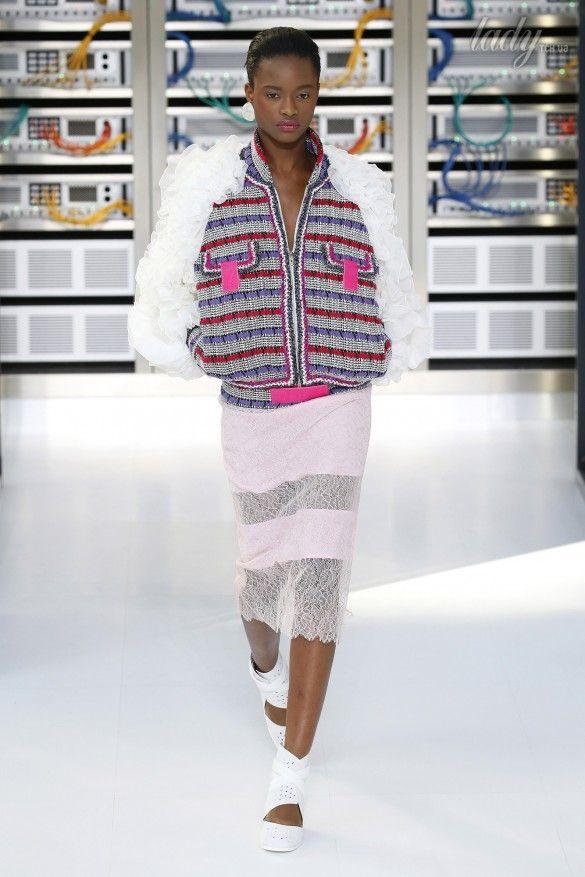 Коллекция Chanel прет-а-порте сезона весна-лето 2017_15