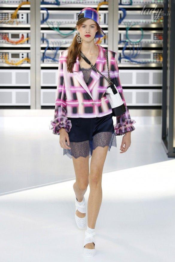 Коллекция Chanel прет-а-порте сезона весна-лето 2017_42