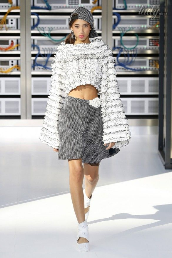 Коллекция Chanel прет-а-порте сезона весна-лето 2017_63