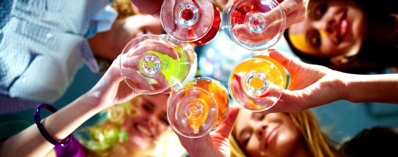 Експерти визначили вік, коли люди перестають отримувати задоволення від нічних клубів