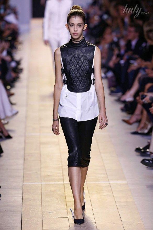 Коллекция Christian Dior прет-а-порте сезона весна-лето 2017_21