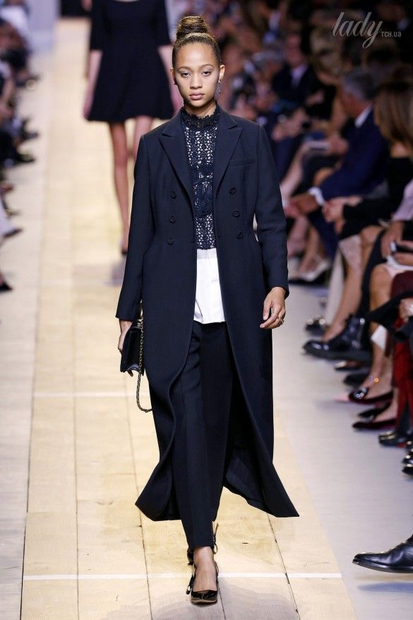 Коллекция Christian Dior прет-а-порте сезона весна-лето 2017_40