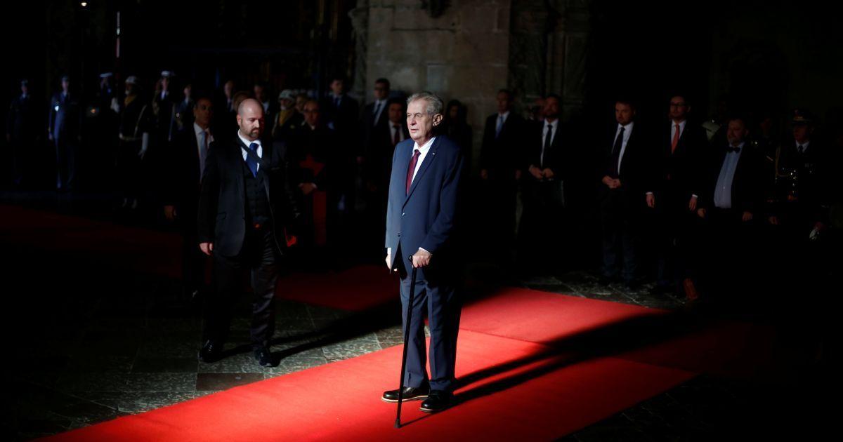 Сенат Чехії звинуватив Земана у легітимізації агресії Росії через заяв
