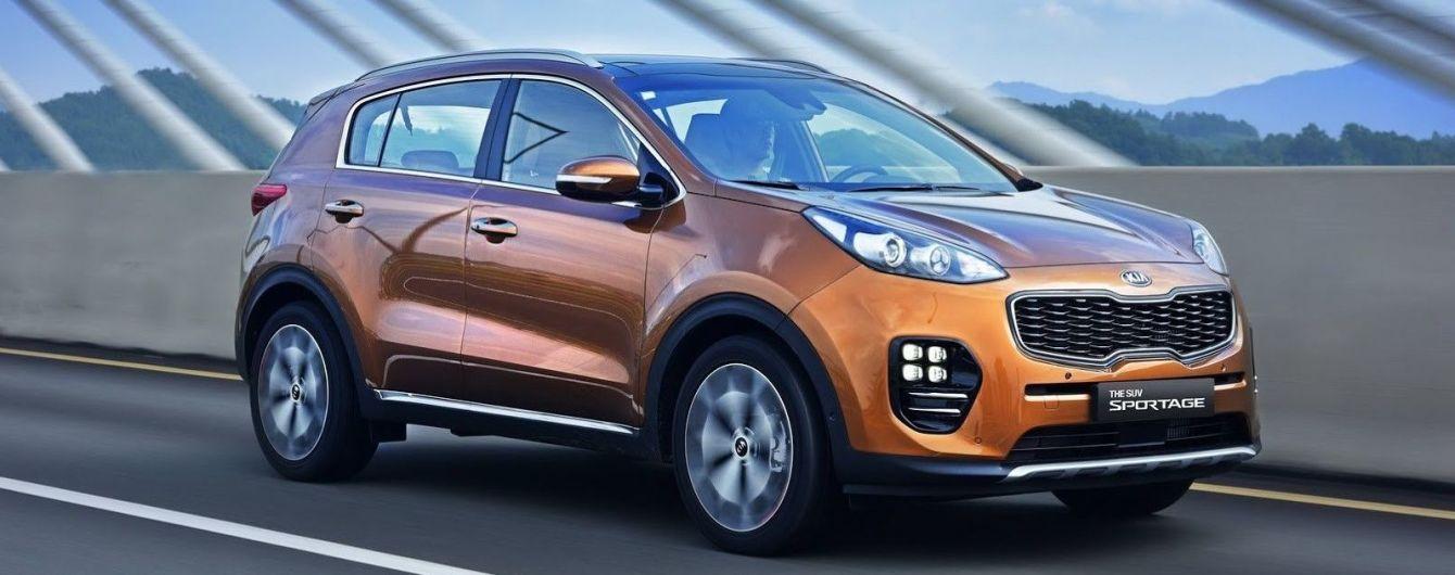 Продажі на автомобільному ринку України продовжують падати