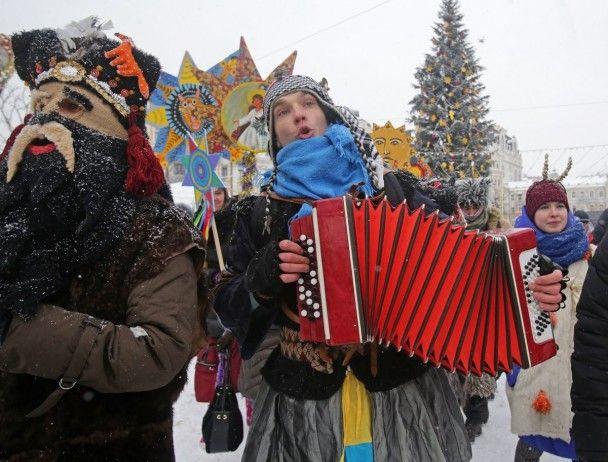 У Києві пройшла Різдвяна хода з зірками