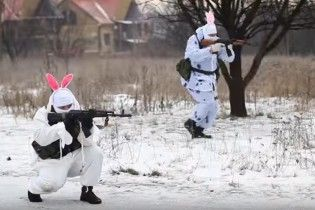 """Повний розумовий колапс. Донецькі бойовики-""""зайчики"""" зняли різдвяну """"казку"""" для дітей Донбасу"""